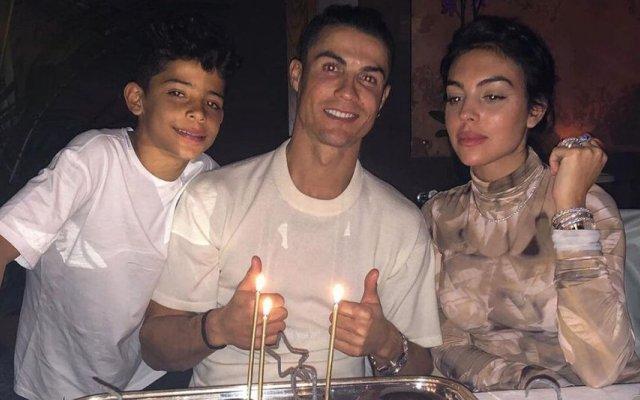 Cristiano Ronaldo  com Georgina Rodríguez e Cristianinho