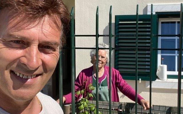 Tony Carreira com a mãe, Maria Pereira Mateus