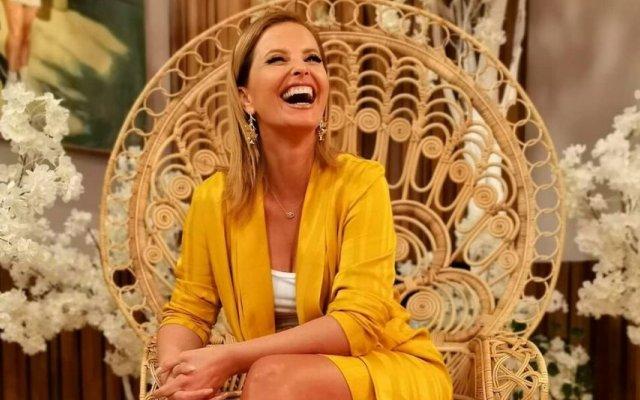 Cristina Ferreira escolhe look amarelo digno de «rainha»