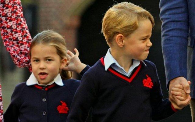 Príncipe George e a princesa Charlotte