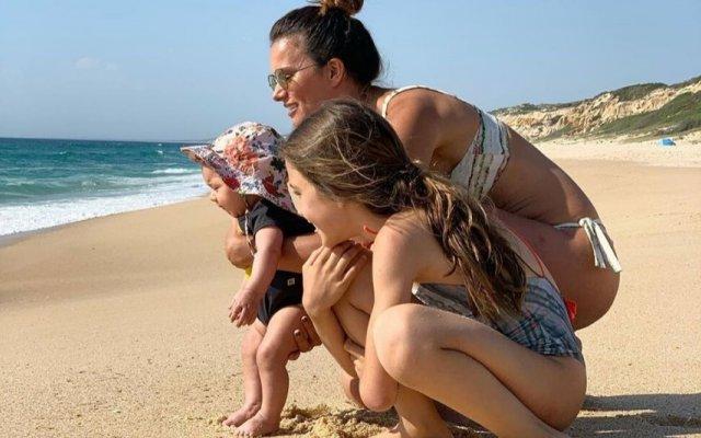 Cláudia Vieira e as filhas