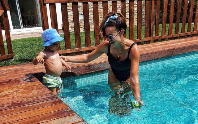 Dânia Neto com o filho Salvador