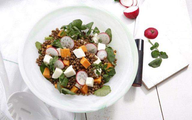 Salada de lentilhas com mozarela