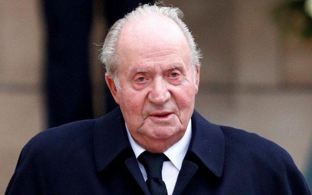 Juan Carlos está exilado em Abu Dhabi na companhia de uma amante