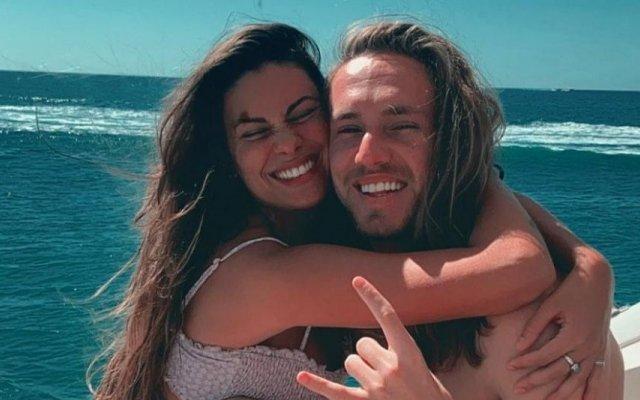Carolina Loureiro e Vitor Kley passam férias no Algarve