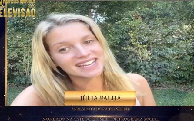 Júlia Palha agradece nomeação de Selfie nos Troféus Impala de Televisão