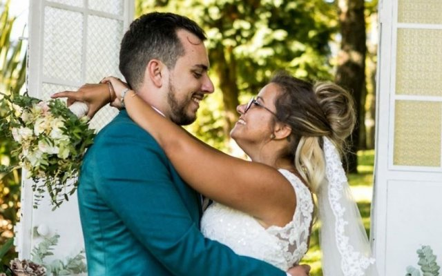 Tiago e Ana Carolina d'O Noivo É Que Sabe, da SIC