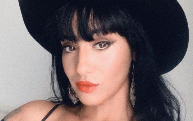 Ana Malhoa exibe looks arrojados em novo videoclipe