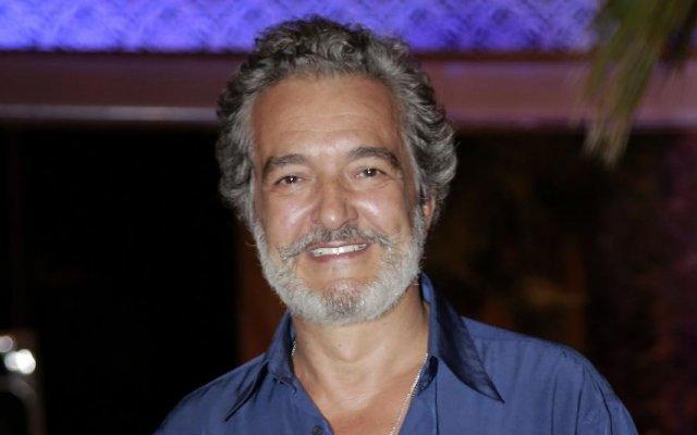 Rogério Samora, SIC, nu integral, causa solidária