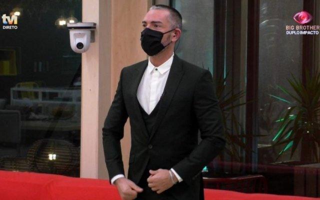 Cláudio Ramos foi à casa do Big Brother dar boas notícias aos concorrentes