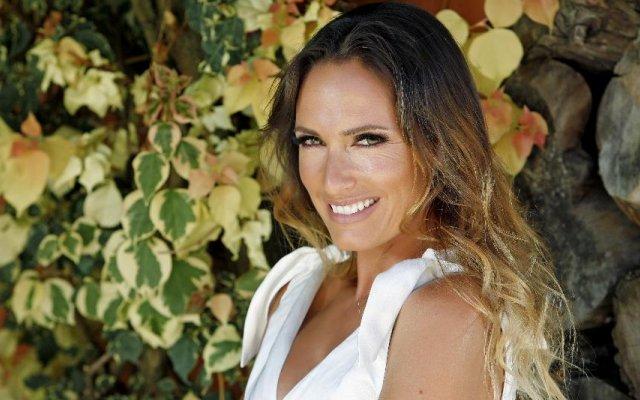 Fernanda Serrano assinala aniversário da TVI com mensagem a Fátima Lopes