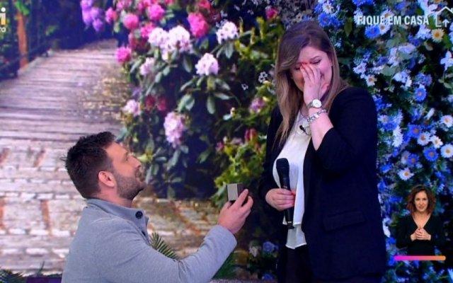 """Daniela Couto, concorrente de All Together Now, foi pedida em casamento no """"Dois às 10"""", da TVI"""