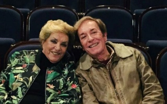 O cantor António Calvário, de 82 anos, recorda, em entrevista exclusiva, o seu percurso profissional e pessoal