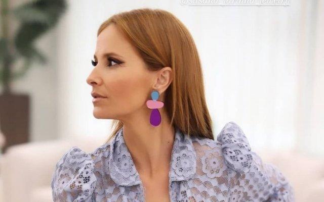 Cristina Ferreira deslumbrou com vestido azul rendado