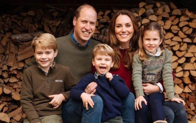 Kate e William, Louis, realeza, Duques De Cambrigde