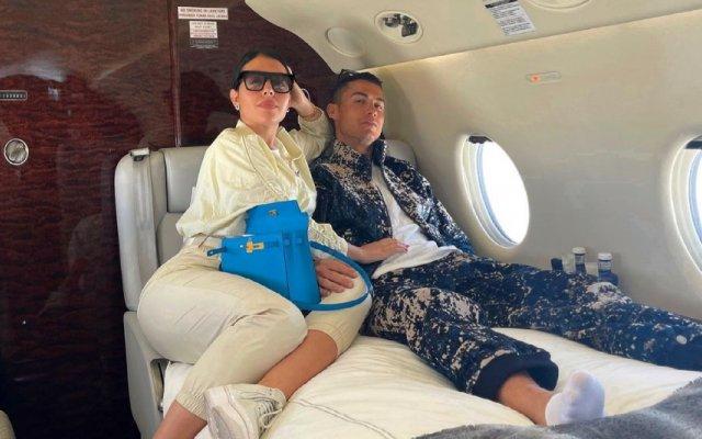Cristiano Ronaldo e Georgina Rodríguez usam roupas de mais de 21 mil euros