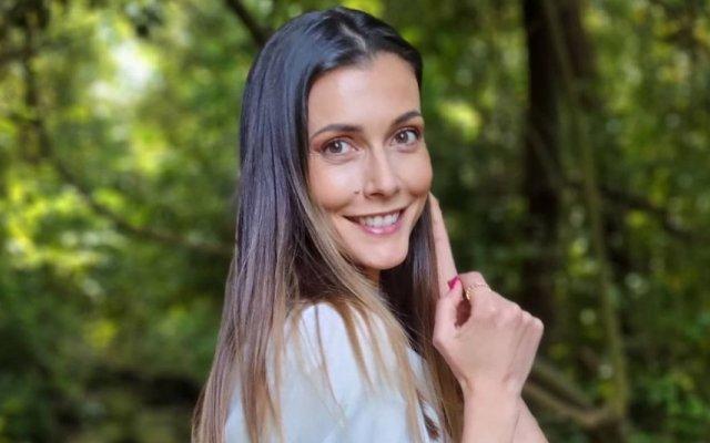 Cláudia Borges conta reação comovente do filho ao conhecer a irmã