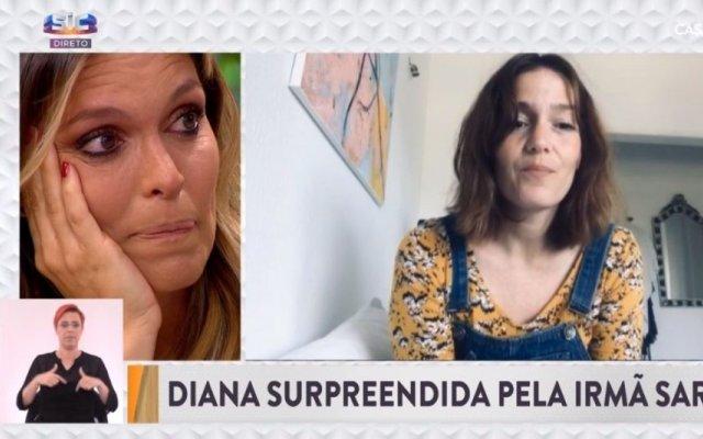 """Diana Chaves não escondeu a emoção ao ser supreendida pela irmã no programa """"Casa Feliz"""", da SIC"""