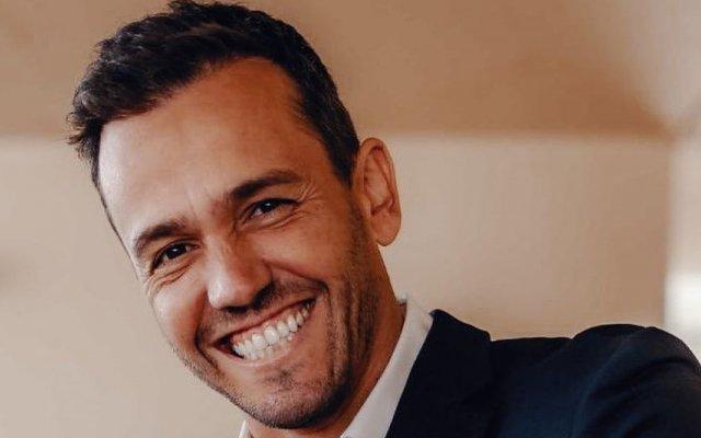 Pedro Teixeira, apresentador, ator, TVI, O Amor Acontece, Festa é Festa, salário