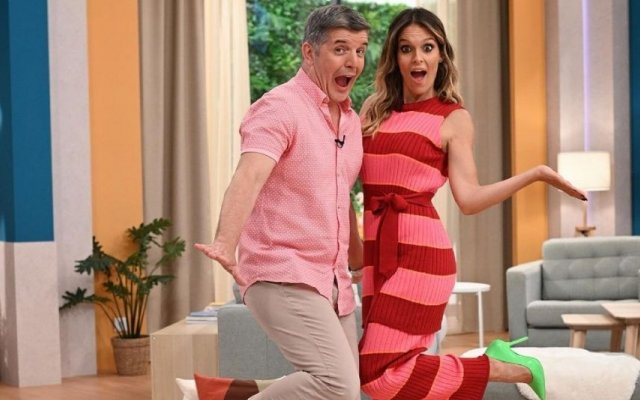 """Diana Chaves não esteve na manhã desta segunda-feira no """"Casa Feliz"""". João Baião conduziu o programa da SIC sozinho"""