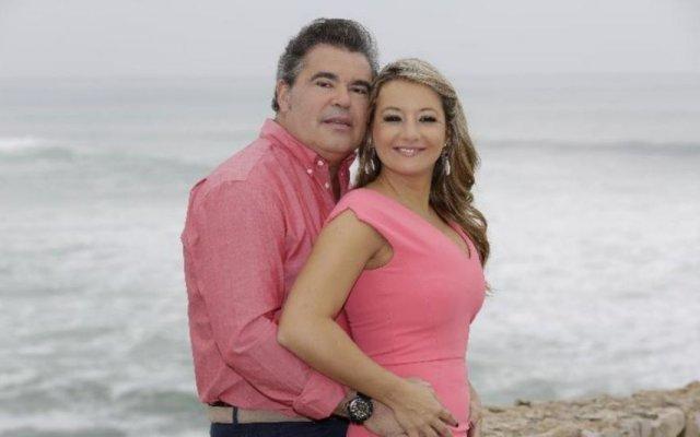 Toy já se casou duas vezes - uma cerimónia foi civil e outra religiosa -, mas ainda quer uma terceira