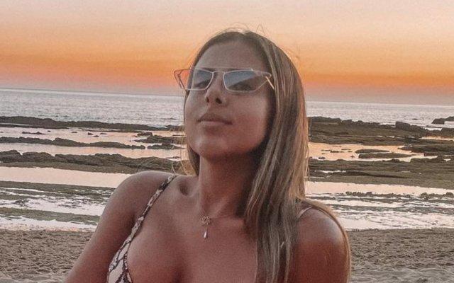 Joana Albuquerque, TVI, mamilo, biquíni, Big Brother, O Amor Acontece, redes sociais