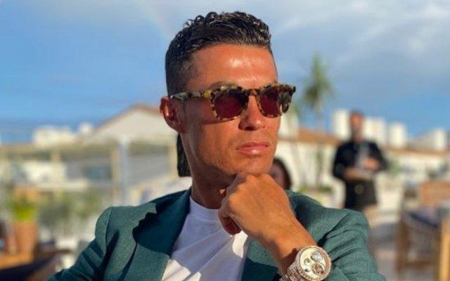Cristiano Ronaldo mudou de casa por causa do barulho das ovelhas