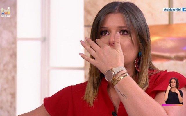 Maria Botelho Moniz não conseguiu esconder a emoção com a história de vida de uma das convidadas
