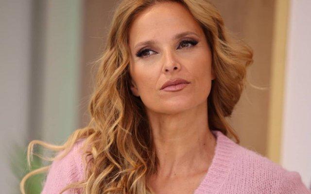 Cristina Ferreira, Rita Marrafa de Carvalho , RTP, TVI, livro, criticas, Cristina ComVida