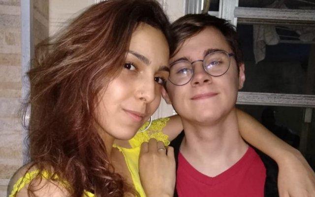 Rafael Miguel com a namorada