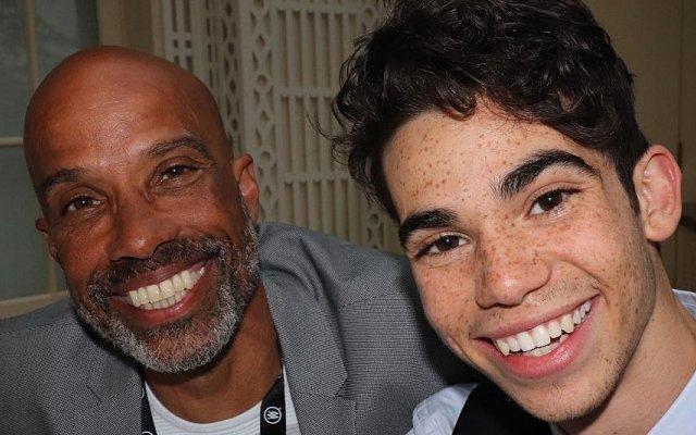 Cameron Boyce e o pai Victor