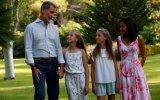 Felipe e Letizia com as filhas Sofia e Leonor