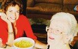 Bárbara Guimarães com a avó no dia em que esta fez 90 anos