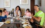 Georgina Rodríguez com Cristiano Ronaldo e os filhos