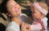 Katia Aveiro com a filha Valentina