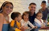 Georgina Rodríguez, Cristiano Ronaldo e os filhos, Mateo, Eva, Alana Martina e Cristianinho