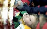 Elif Perincek salva dos escombros do terremoto
