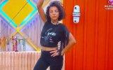 Jéssica Fernandes com t-shirt oferecida por Rosa Bela e Patrícia Candoso