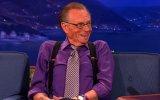 Larry King hospitalizado com covid-19