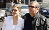 Pai de Romana defende-se de acusações de violência doméstica da filha
