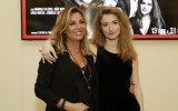 Margarida Bakker, filha de Alexandra Lencastre, tem novo projeto na SIC