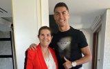 Dolores Aveiro chorou ao ver Cristiano Ronaldo marcar dois golos pelo Manchester United