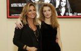 """Filha de Alexandra Lencastre enviou mensagem a André Ventura: """"F*** you"""""""