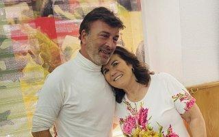 Tony Carreira, Dolores Aveiro, Sara Carreira, dono do restaurante, foto