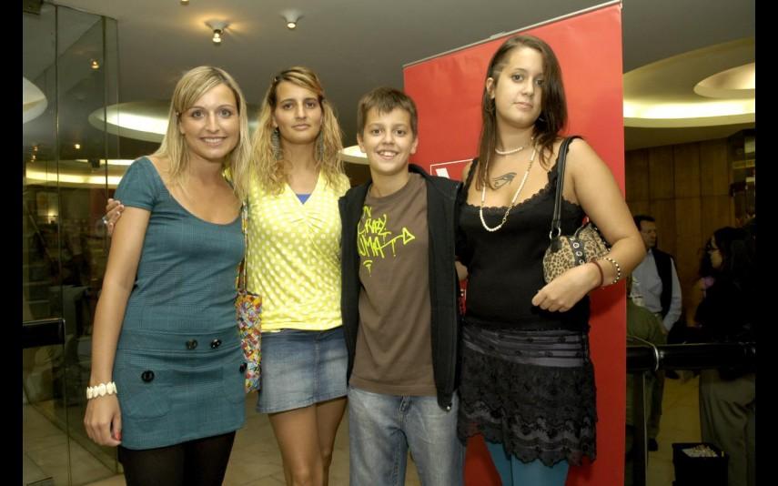 Os quatro filhos do ator: Bárbara, Catarina, Filipe e Sara