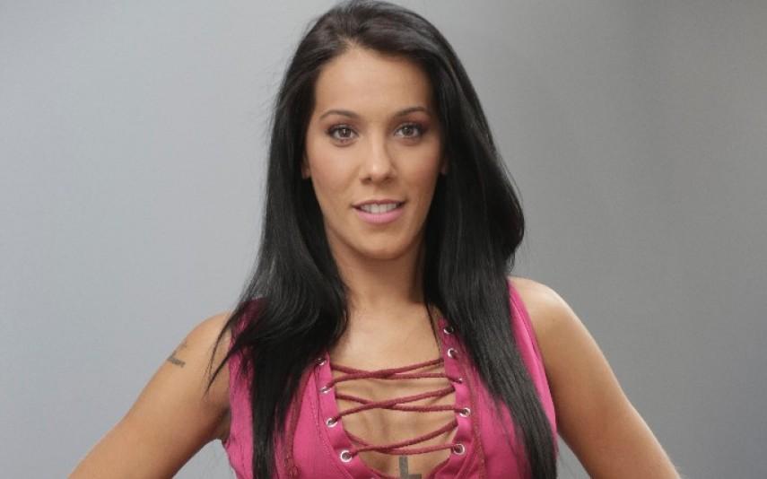 0f27689bf918f5 Grávida de 8 meses, Andreia Machado exibe barriga em biquíni