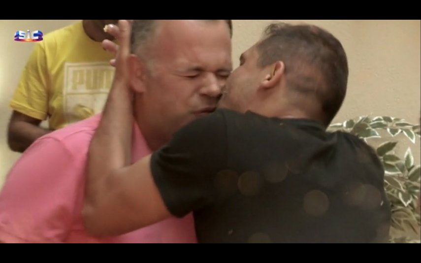 Beijo Pedro e Hugo