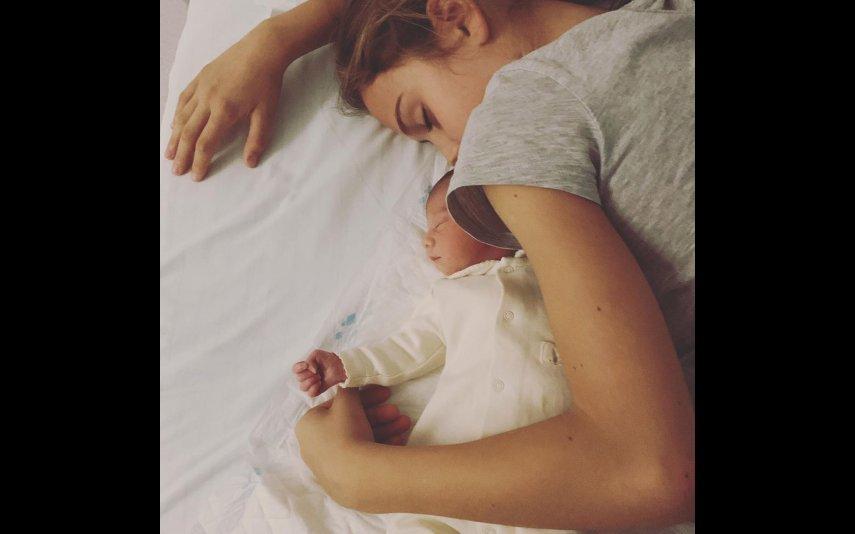 Caetana e Maria a dormirem