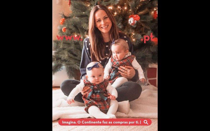 Helena Costa no Natal com as filhas