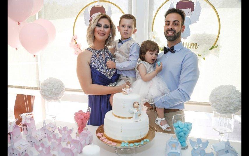 Bernardina com o namorado Pedro e os filhos, Kévim e Kyara